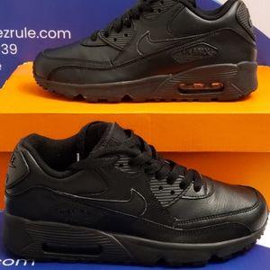 Nike Air Max 90 Kids Size 5y